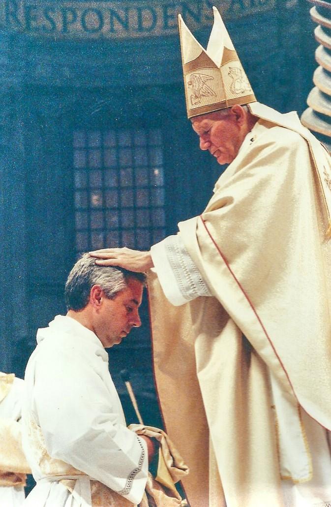 Juan Pablo II Uno 5